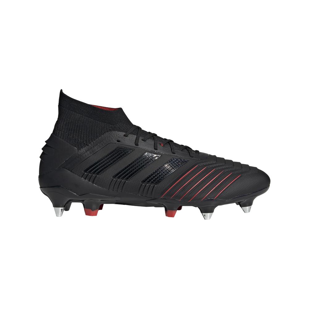 botas de tacos fútbol cesped